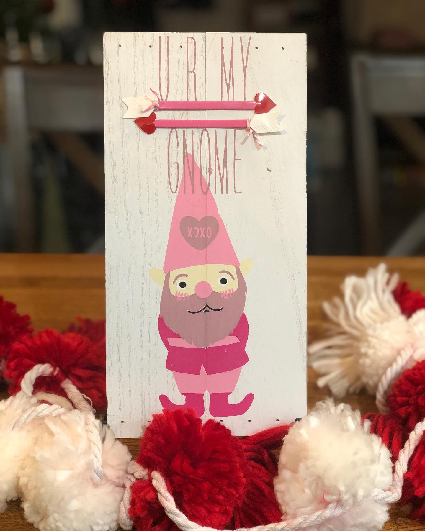 Chalk Couture Gnome transfer ala Valentine's Day.
