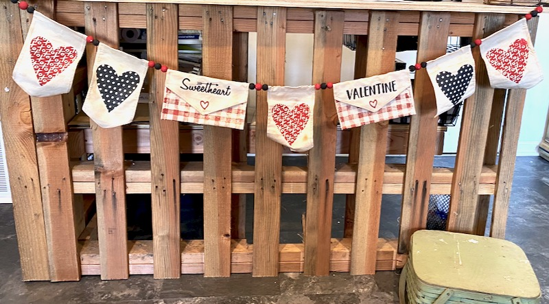 It's gonna be a Banner Year – DIY Valentine's Banner that is.